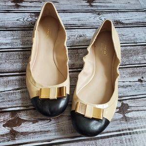 COACH Demi Nude Black Toe Cap Bow Flats 8.5